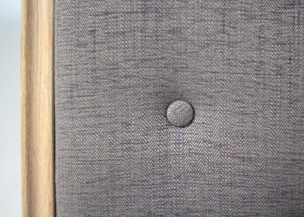 Elise dining chair button detail