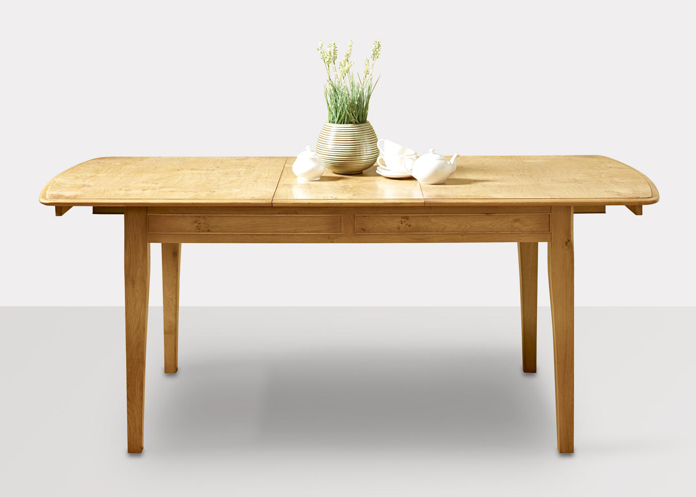 Ludlow Extending Dining Table