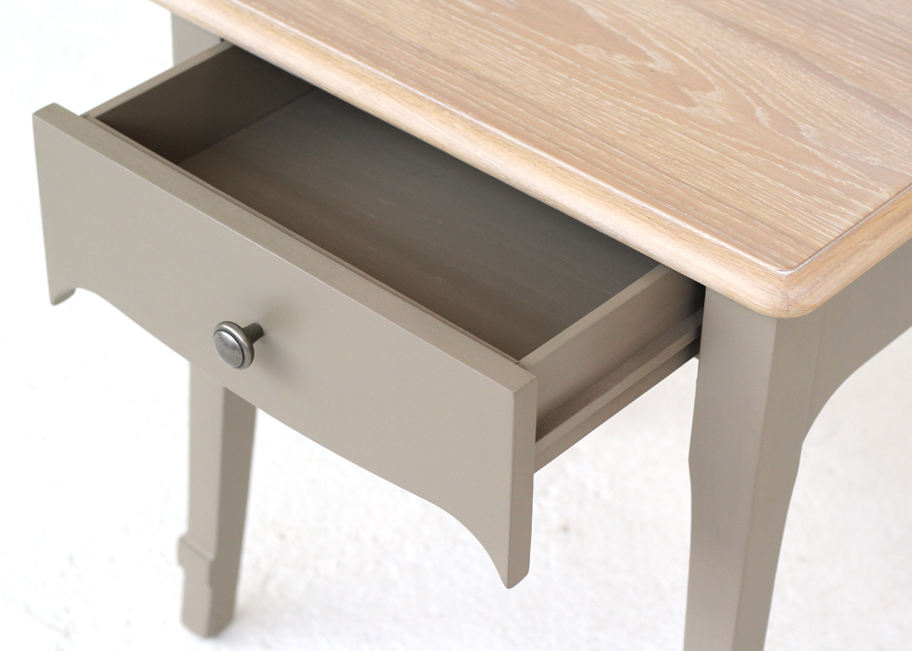 versailles lamp table drawer detail