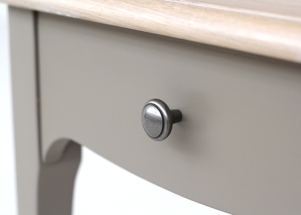 versailles pedestal cabinet handle design detail