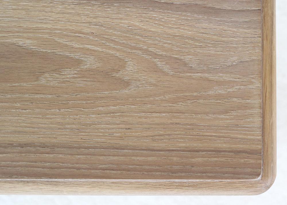 versailles lamp table oak top detail